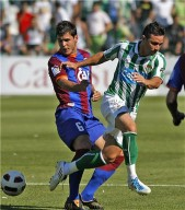 Echaide vuelve al Huesca.